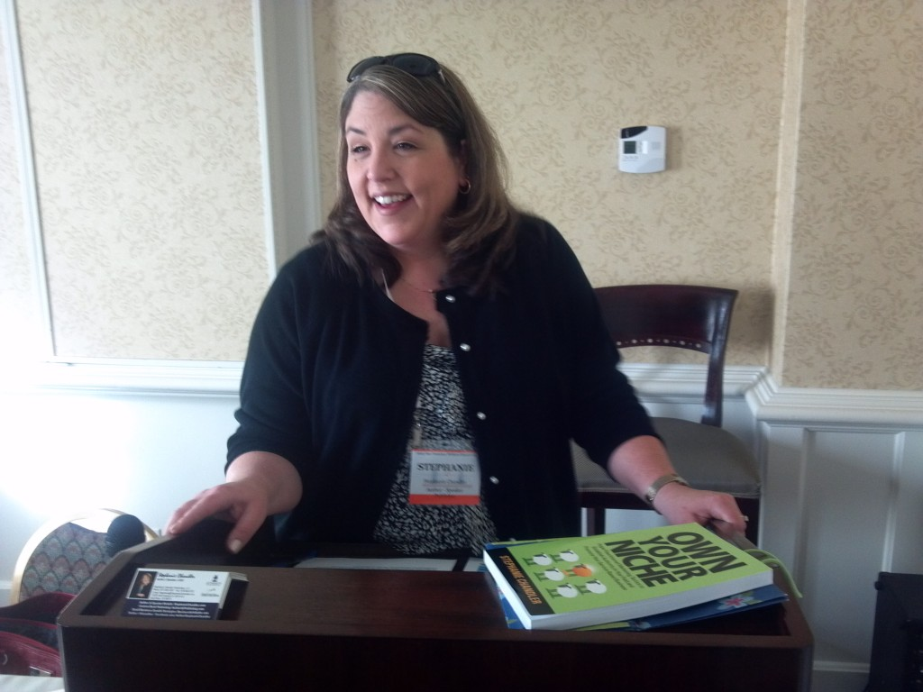 Stephanie Chandler speaks at the SF Writer's Conference